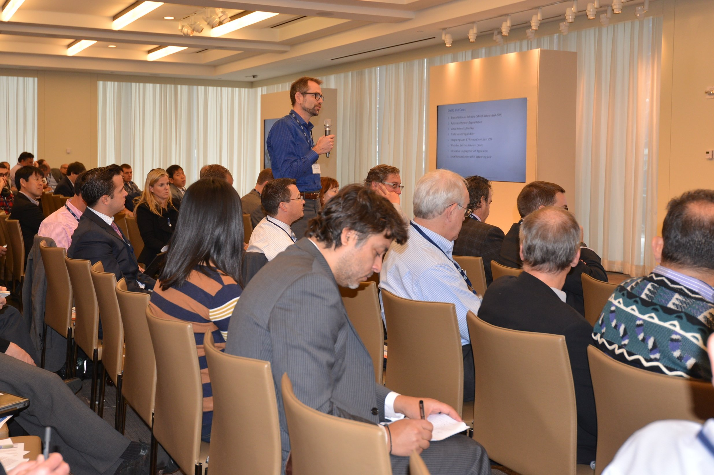 Audience getting in on the action – discussing the ONUG Open Networking Industry Requirements
